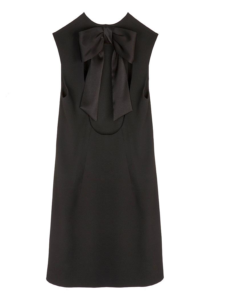 robe noire audrey marnay pour claudie pierlot claudie pierlot 30 ans et une collection. Black Bedroom Furniture Sets. Home Design Ideas