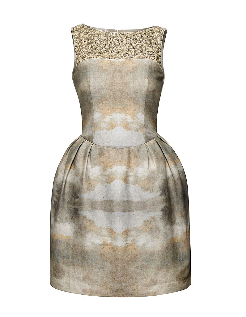 robe avec perles brod es h m conscious h m conscious. Black Bedroom Furniture Sets. Home Design Ideas