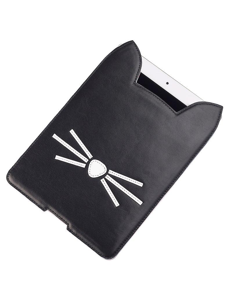 housse pour ipad mini 120 karl lagerfeld s inspire de choupette les images de la. Black Bedroom Furniture Sets. Home Design Ideas