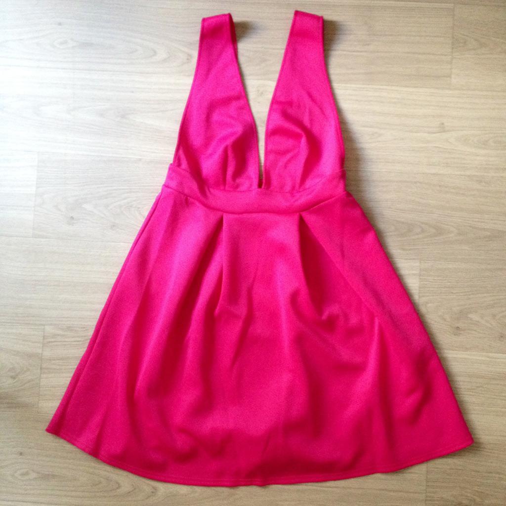 la robe rose de laur ne les essentiels d t de la r dac elle. Black Bedroom Furniture Sets. Home Design Ideas