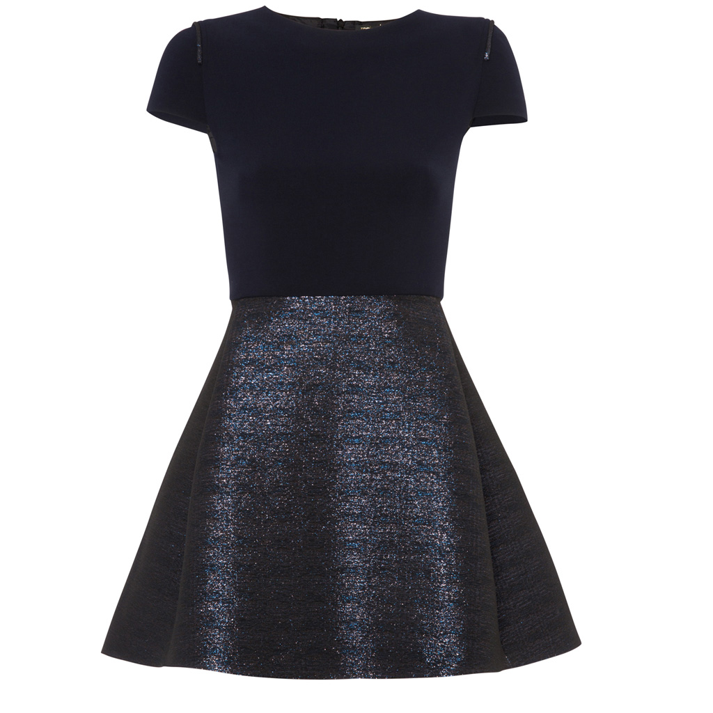 robe patineuse maje 50 robes du soir qui ne passent pas inaper ues elle. Black Bedroom Furniture Sets. Home Design Ideas