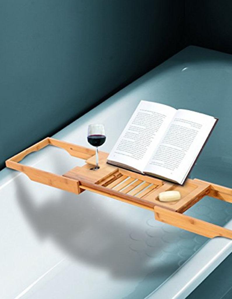 plateau pour baignoire 25 cadeaux cool et pop moins de 50 euros elle. Black Bedroom Furniture Sets. Home Design Ideas