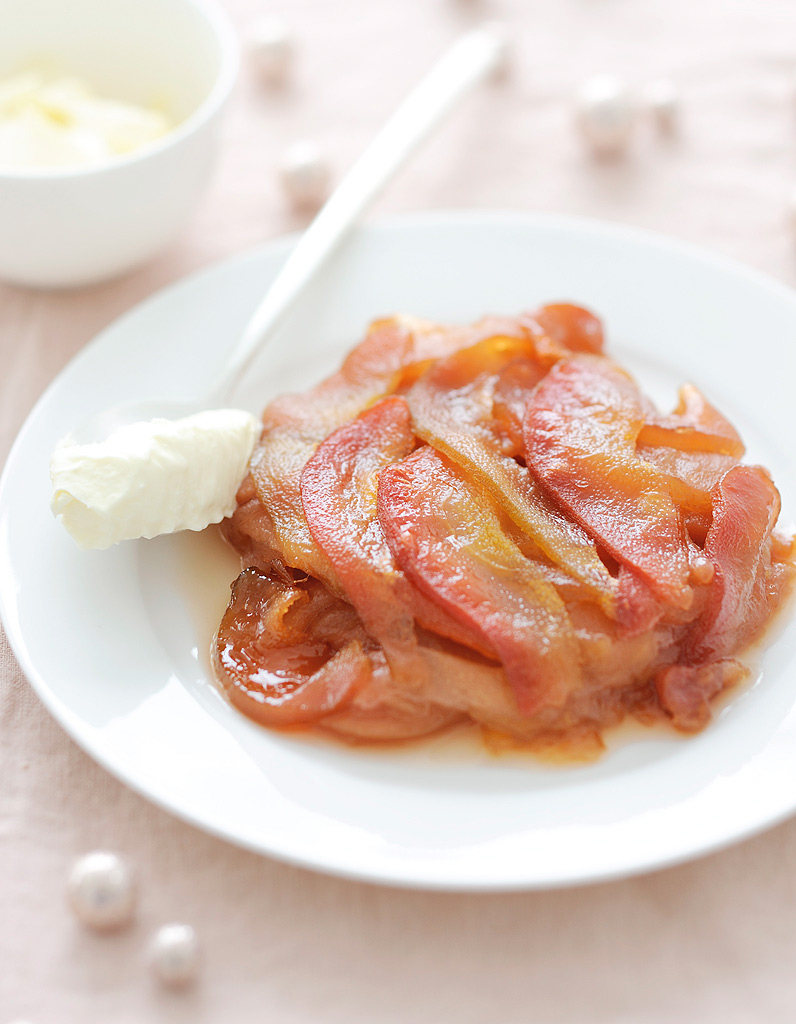 des pommes et des poires pour r veiller le foie gras 10 recettes de f te bluffantes avec trois. Black Bedroom Furniture Sets. Home Design Ideas