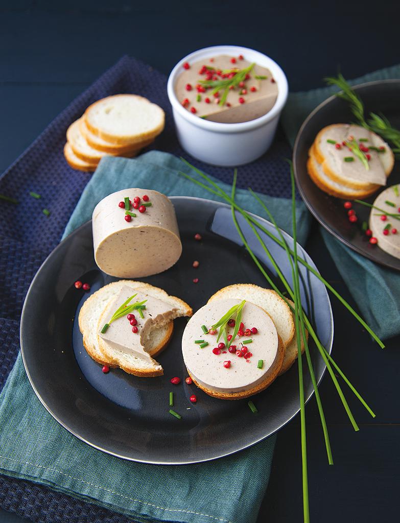terrine fa on foie gras pour 8 personnes recettes elle. Black Bedroom Furniture Sets. Home Design Ideas