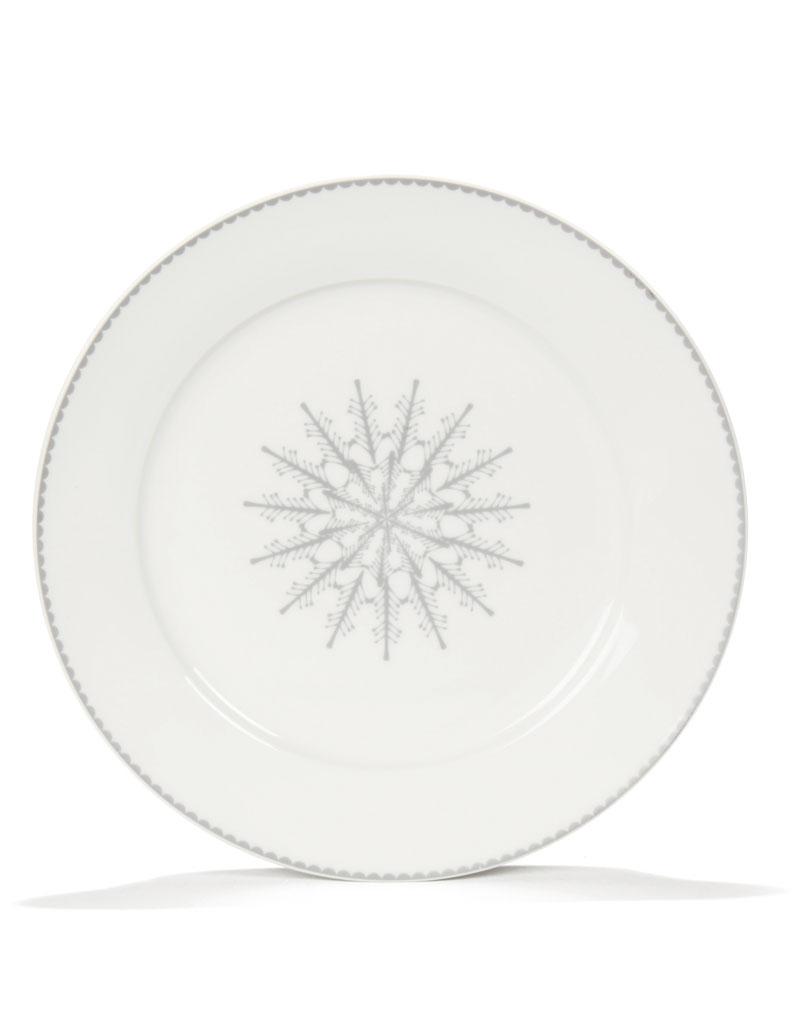 assiette plate stella alin a 30 id es pour dresser une jolie table de f te elle. Black Bedroom Furniture Sets. Home Design Ideas