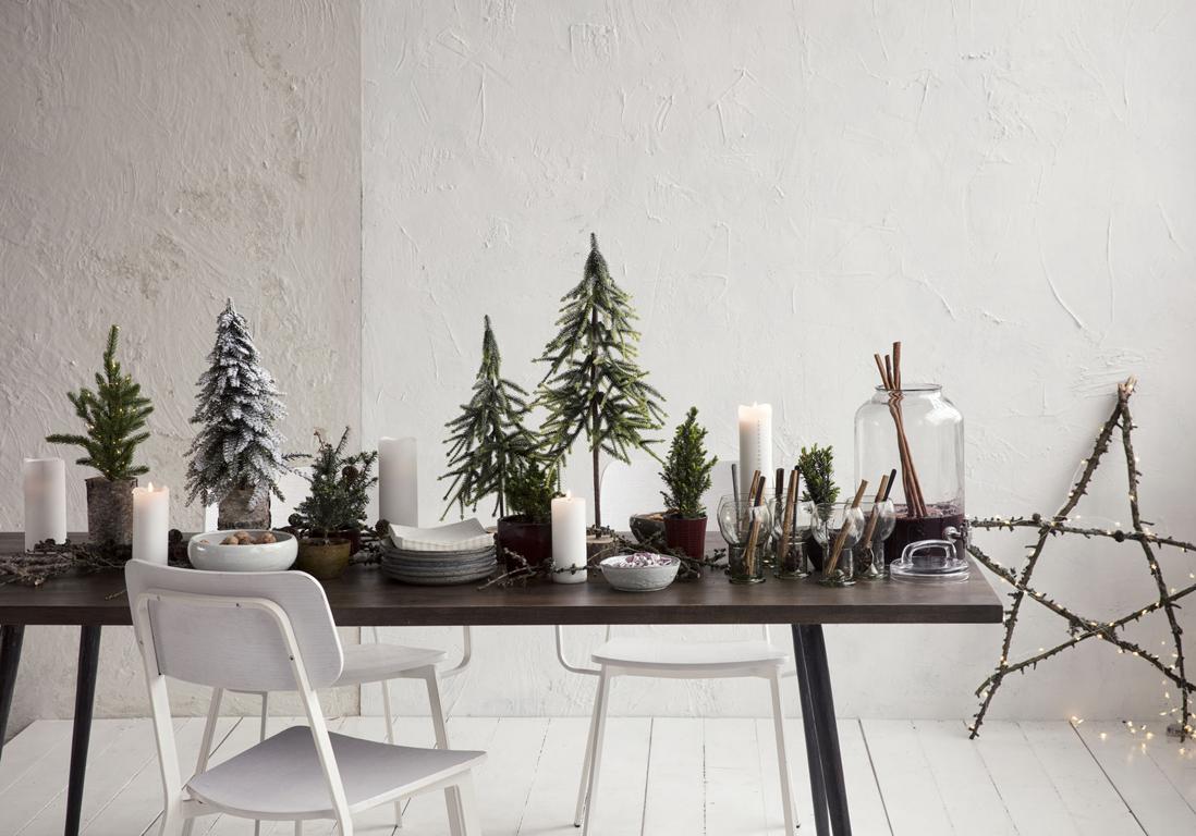 centre de table de no l nos plus beaux centres de table elle. Black Bedroom Furniture Sets. Home Design Ideas