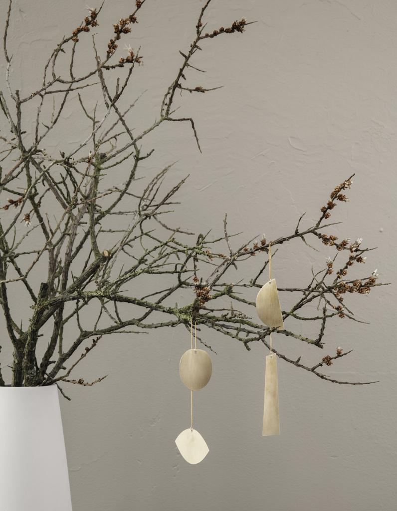 un sapin de no l en bois minimaliste diy comment. Black Bedroom Furniture Sets. Home Design Ideas