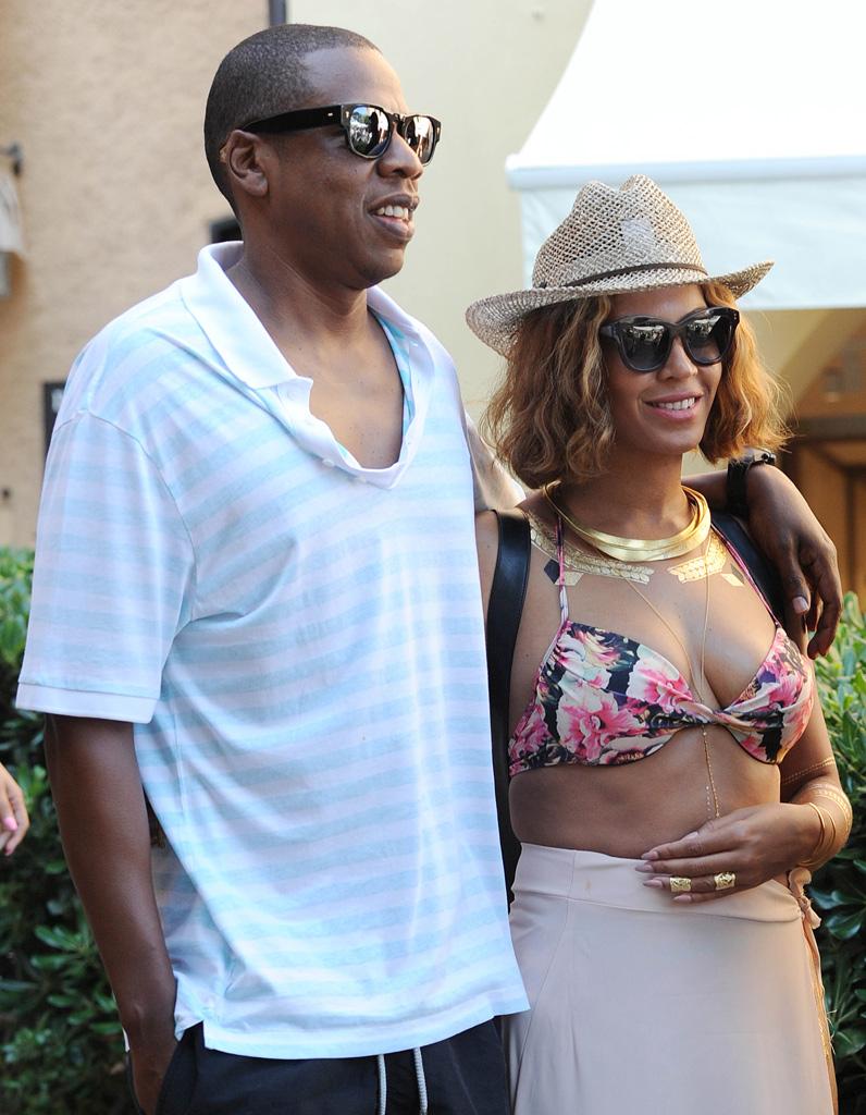 Beyoncé et Jay Z sinvitent à un mariage lors de leurs vacances en Italie , Elle