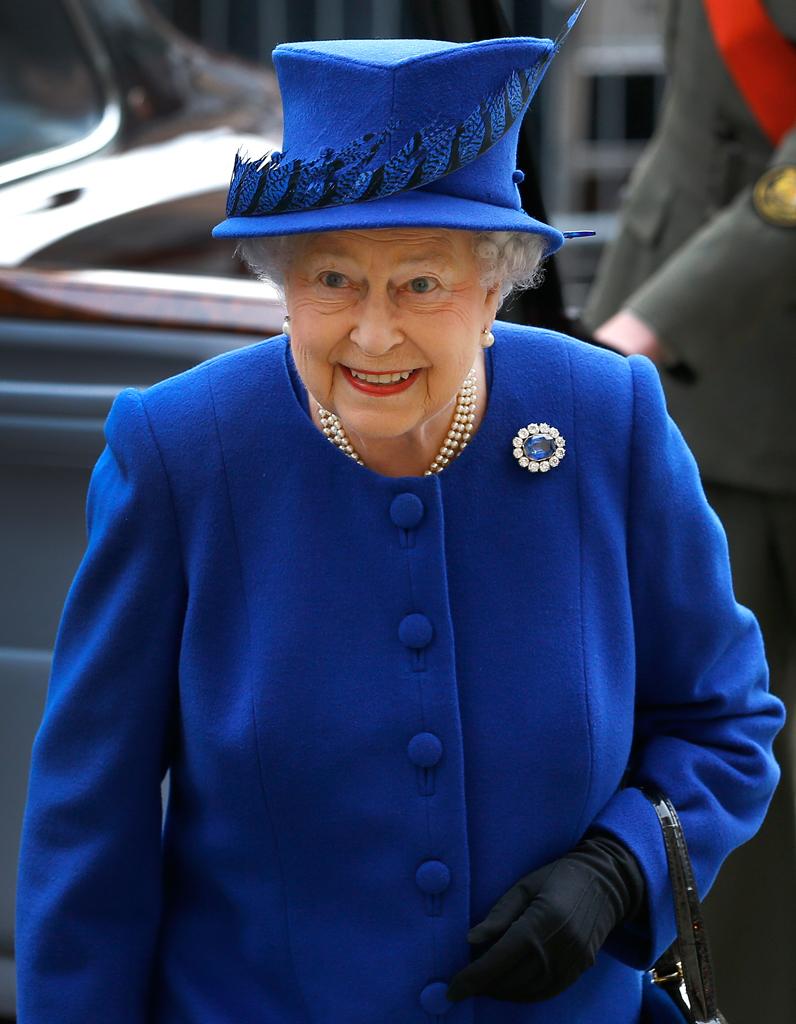 la reine d angleterre lady gaga ryan gosling madonna ils sont tous cousins elle. Black Bedroom Furniture Sets. Home Design Ideas