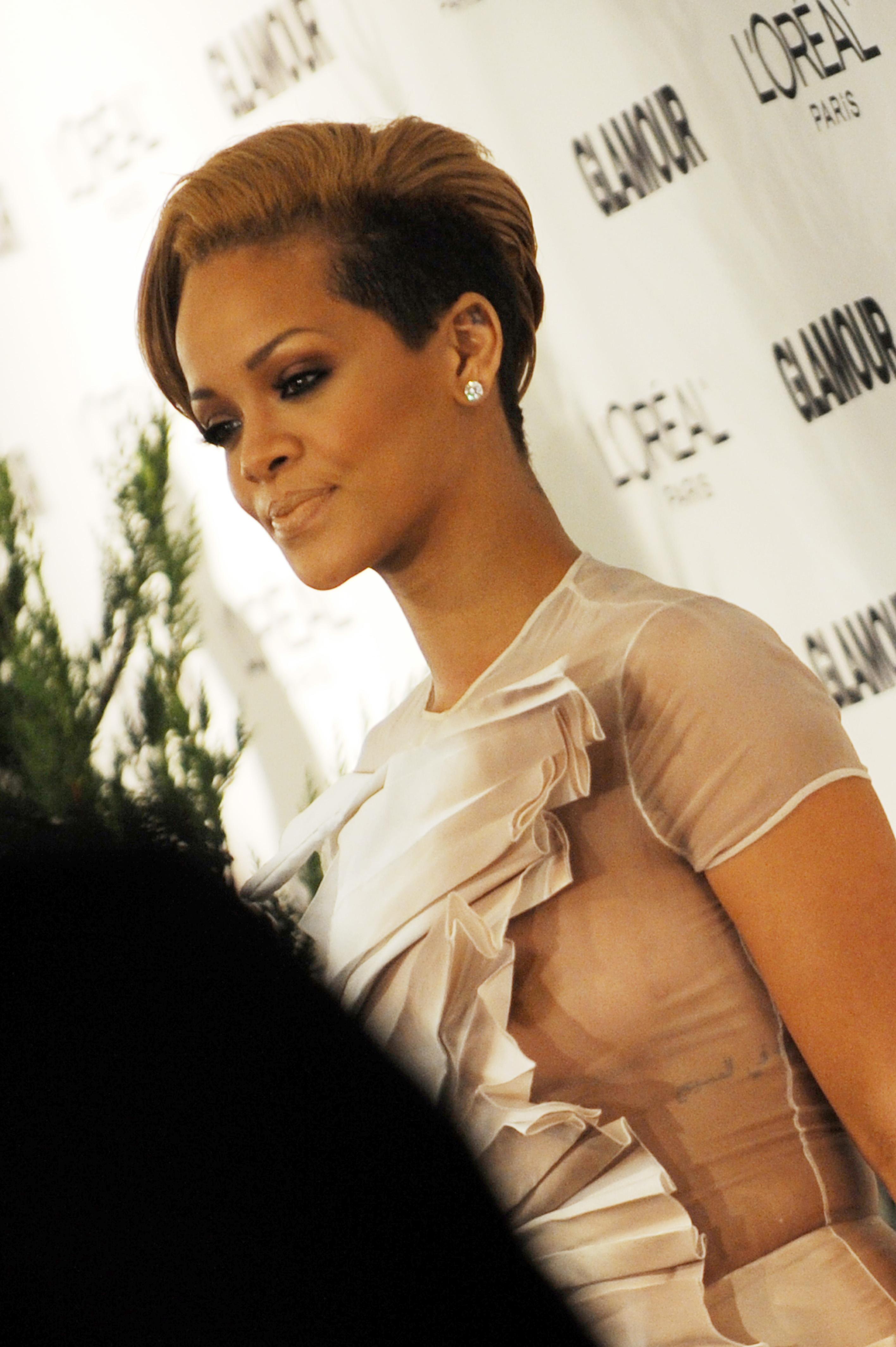 Rihanna photos nues gratuitement