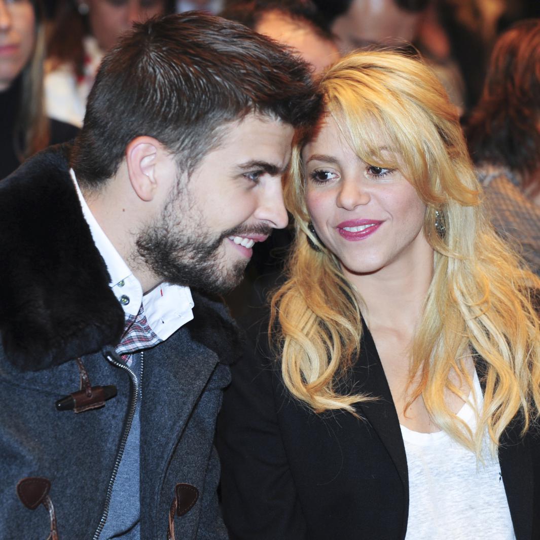 Shakira son compagnon lui interdit de tourner avec des hommes elle - Damien thevenot et son compagnon ...