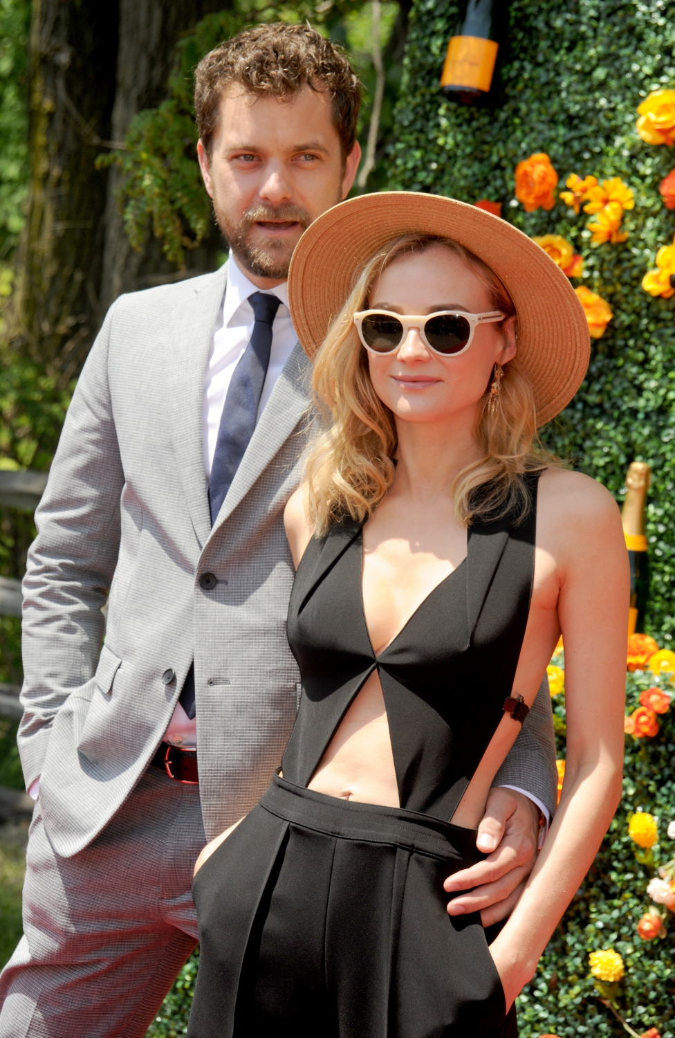 diane kruger et joshua jackson si chic pour le veuve cliquot polo classic elle. Black Bedroom Furniture Sets. Home Design Ideas