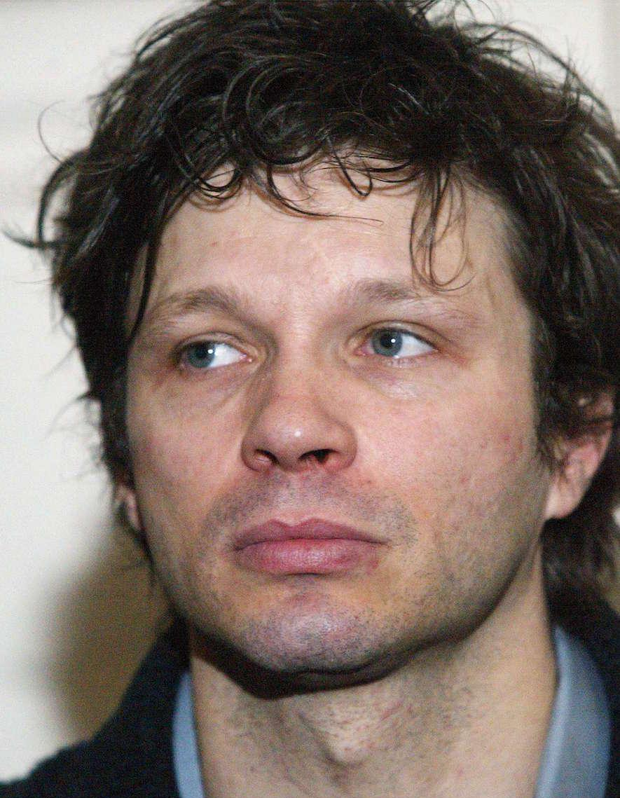 bertrand cantat veut porter plainte pour diffamation elle. Black Bedroom Furniture Sets. Home Design Ideas