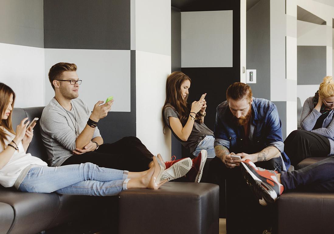 etats unis la solution miracle pour que les tudiants teignent leur smartphone elle. Black Bedroom Furniture Sets. Home Design Ideas
