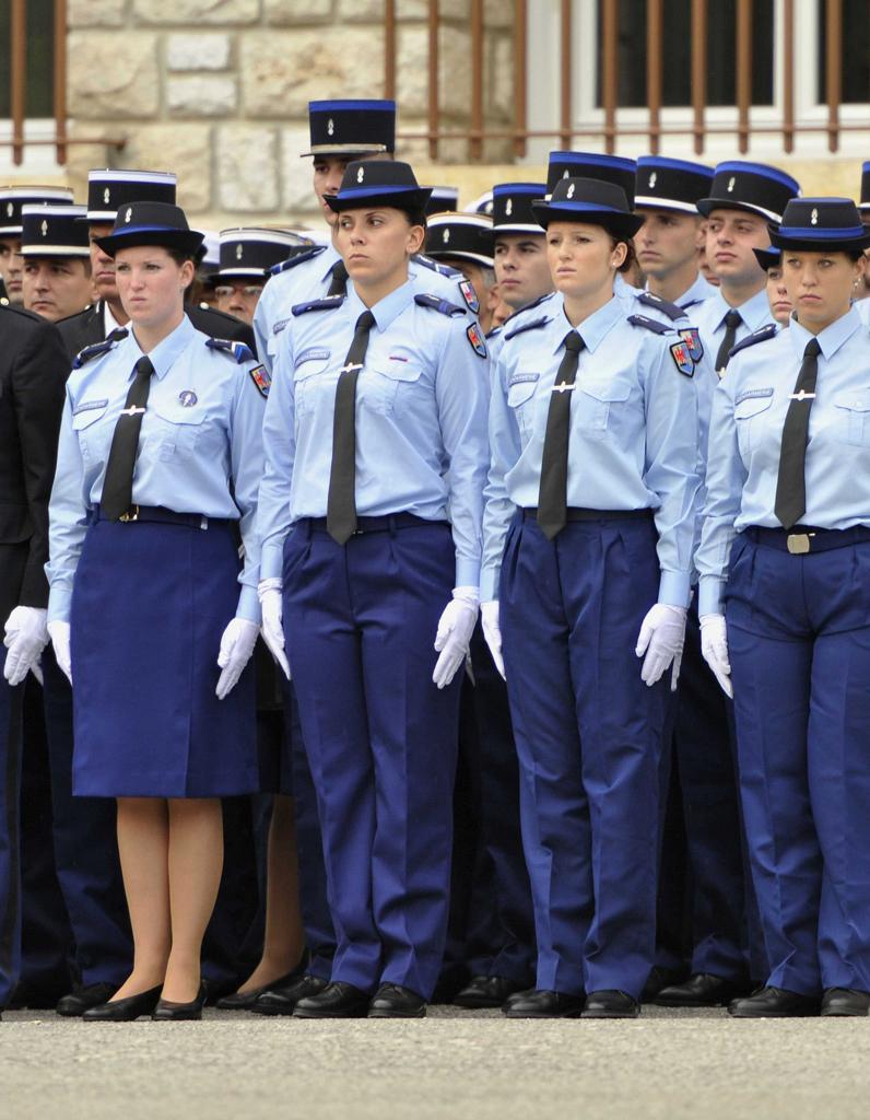Gendarmerie o sont les femmes elle - Grille indiciaire sous officier gendarmerie ...