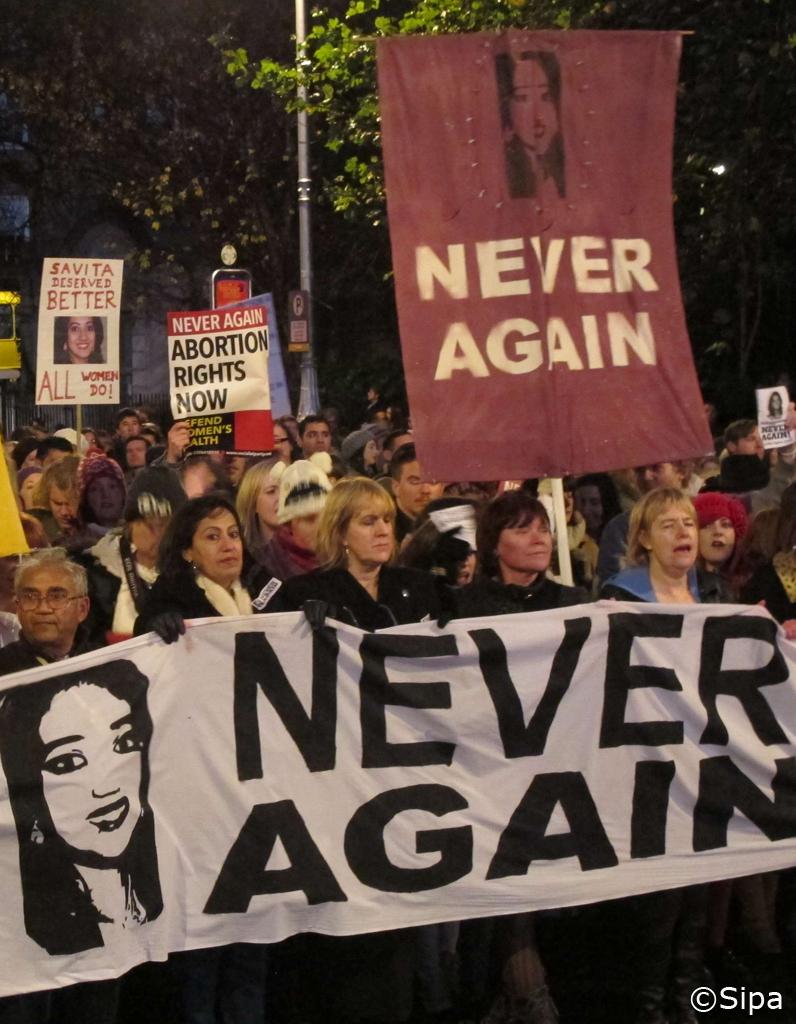 Irlande manifestation apr s le d c s d une femme - Retomber enceinte apres une fausse couche ...
