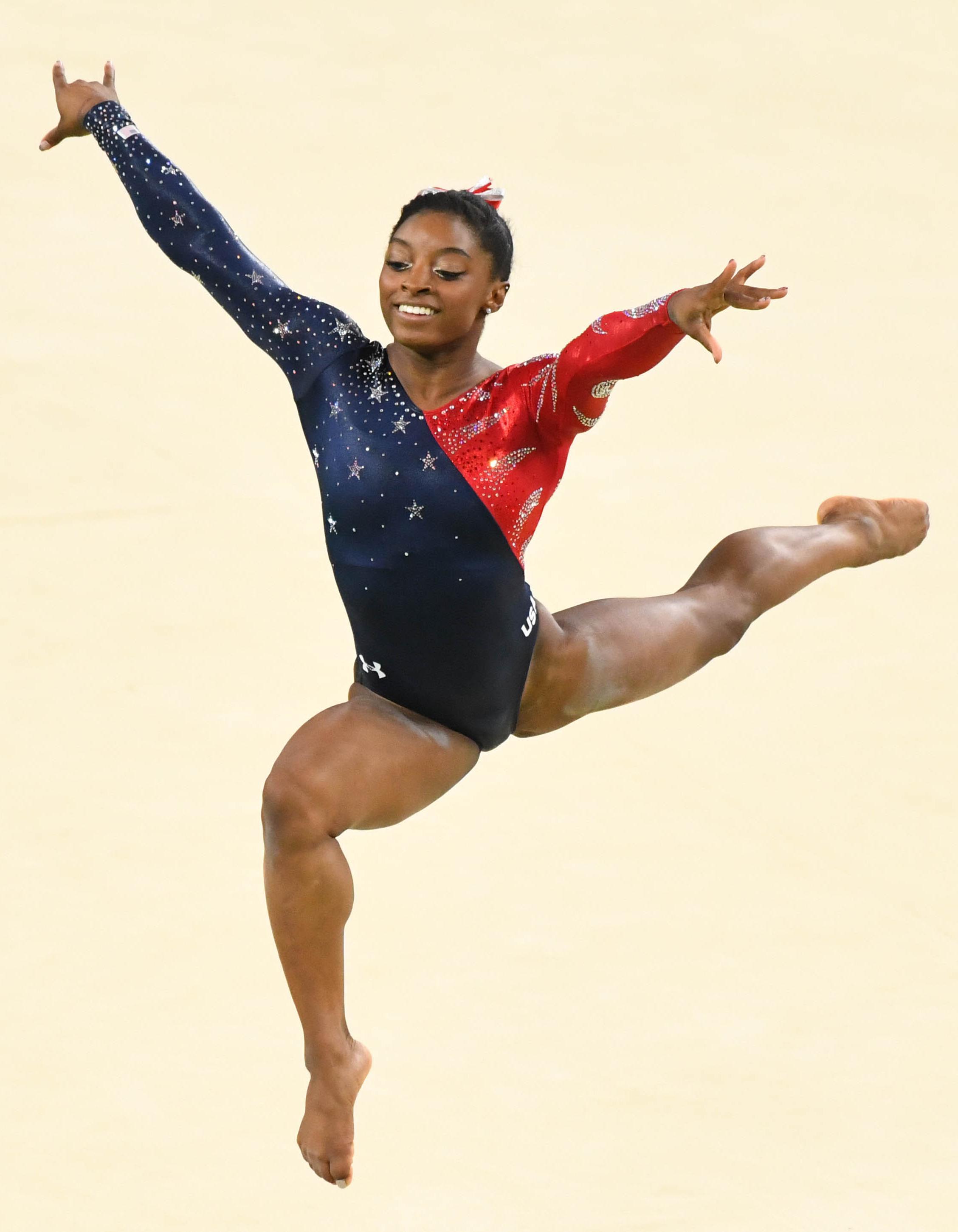 Rio 2016 : Qui est Simone Biles, la star de la gymnastique ...
